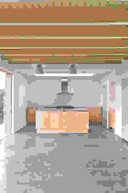 Rose House, Kingsdown Cocinas de estilo moderno de Emmett Russell Architects Moderno
