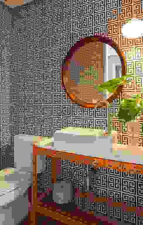 Residência Canário Banheiros ecléticos por Mauricio Arruda Design Eclético