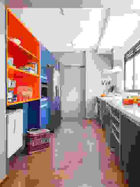 Residência Canário Cozinhas ecléticas por Mauricio Arruda Design Eclético