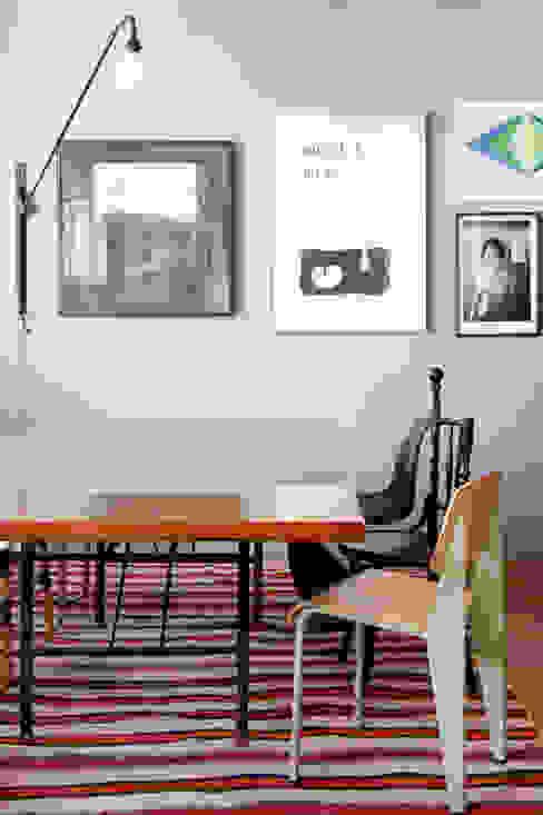 Residência Lorena Salas de jantar ecléticas por Mauricio Arruda Design Eclético
