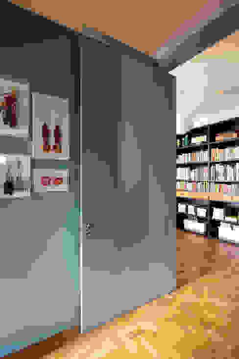 Residência Lorena: Janelas   por Mauricio Arruda Design