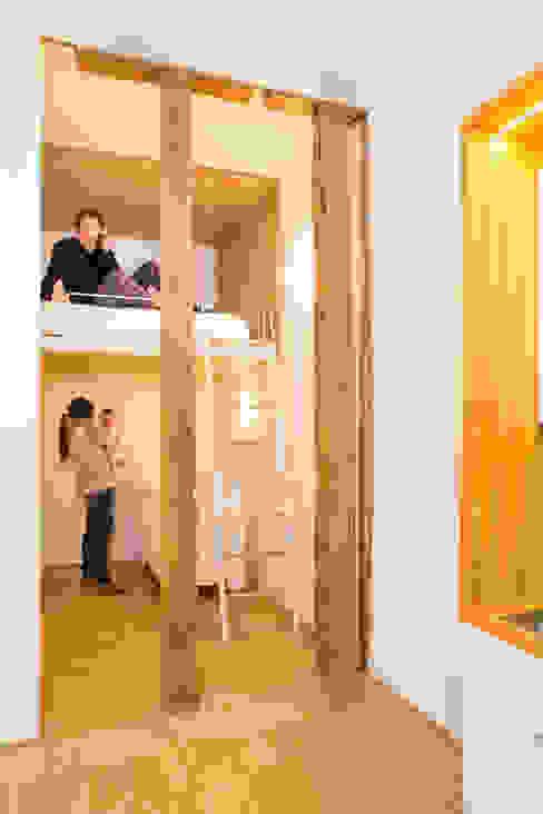 Minimalistische Häuser von Beriot, Bernardini arquitectos Minimalistisch