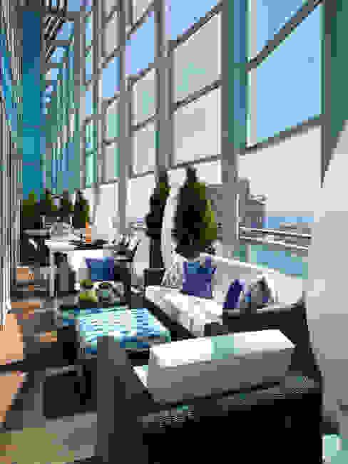 Mediterraner Balkon, Veranda & Terrasse von Molins Design Mediterran