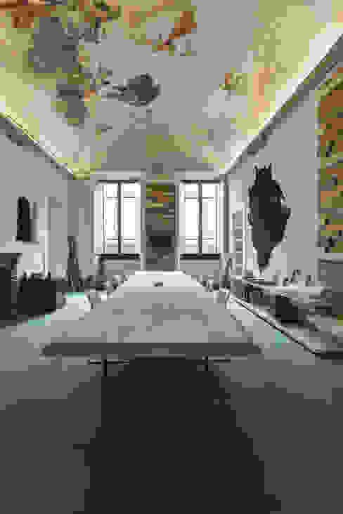 Estudios y despachos de estilo ecléctico de Giraldi Associati Architetti Ecléctico