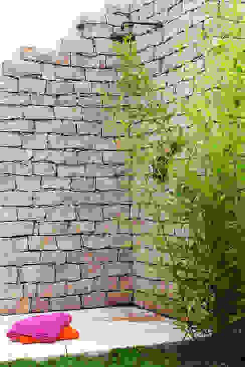Douche extérieure Jardin original par Art d'Esprit Éclectique