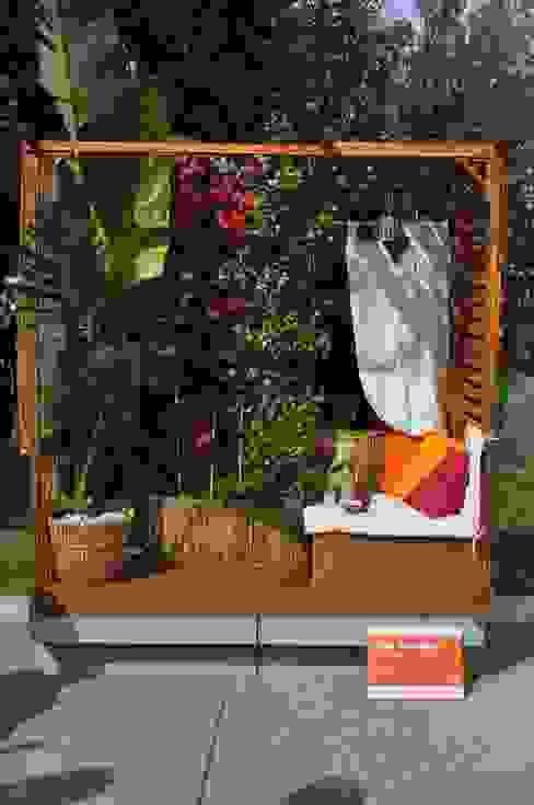Balcones y terrazas de estilo tropical de Labs architetti Tropical
