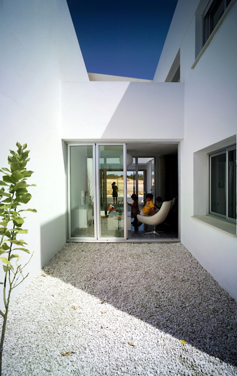Patio del limonero y salón Espacios de gabriel verd arquitectos