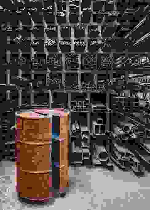 Barrel 12:  in stile industriale di StudioDodici Architettura,  Design,  Interior, Industrial