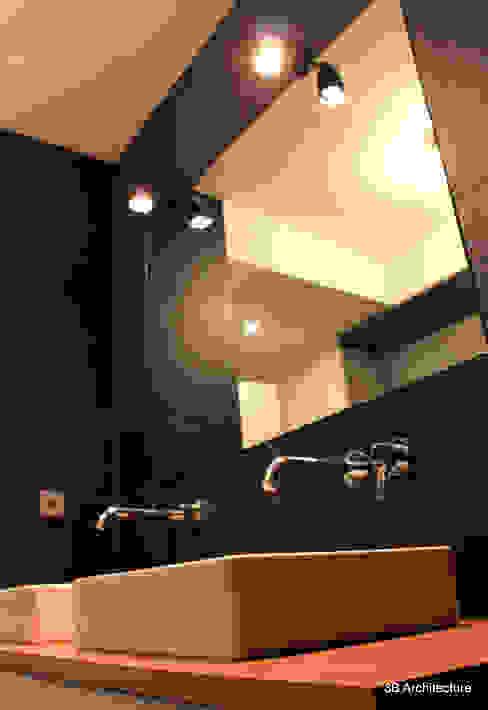 Moderne badkamers van 3B Architecture Modern