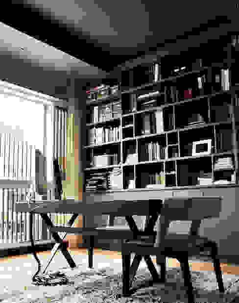 Luxus Hill Modern study/office by Honeywerkz Modern