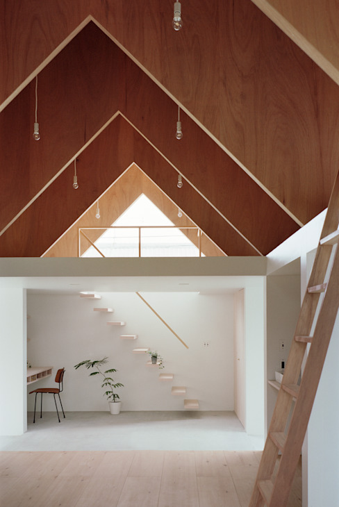 コヤノスミカ: ma-style architectsが手掛けた廊下 & 玄関です。,