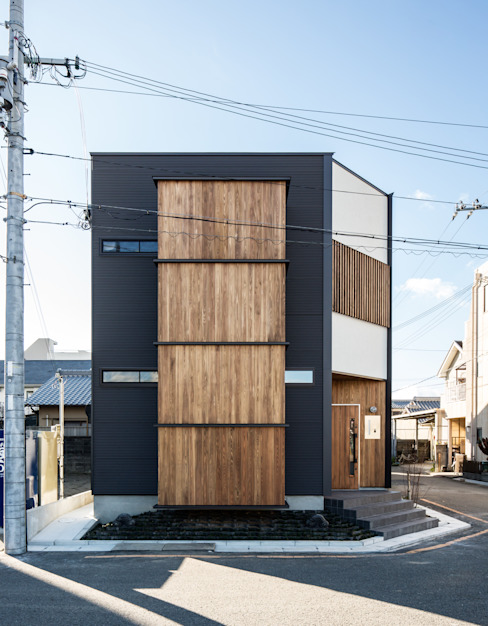 Modern houses by 辻岡直樹建築設計事務所㈱ Modern