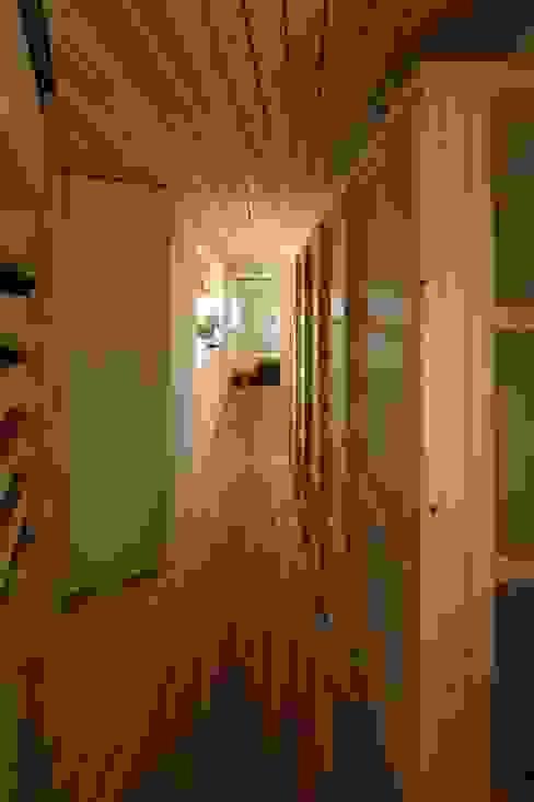 철민이네 집수리(CHULMIN'S JIP-SOORI): 무회건축연구소의  다이닝 룸,한옥