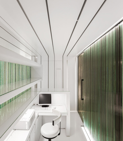​DENTAL CLINIC Rooms by MMVARQUITECTO