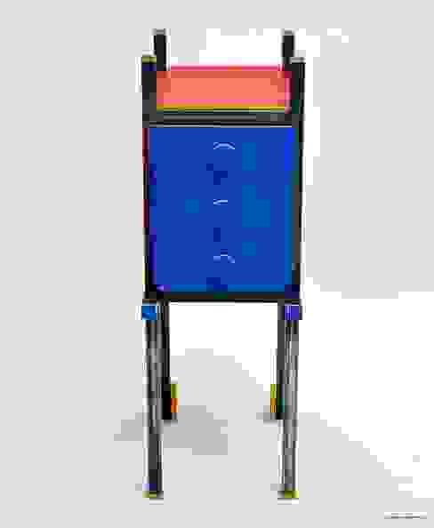 Gaia Cabinet Giardino moderno di Happy Designer Erika Moderno