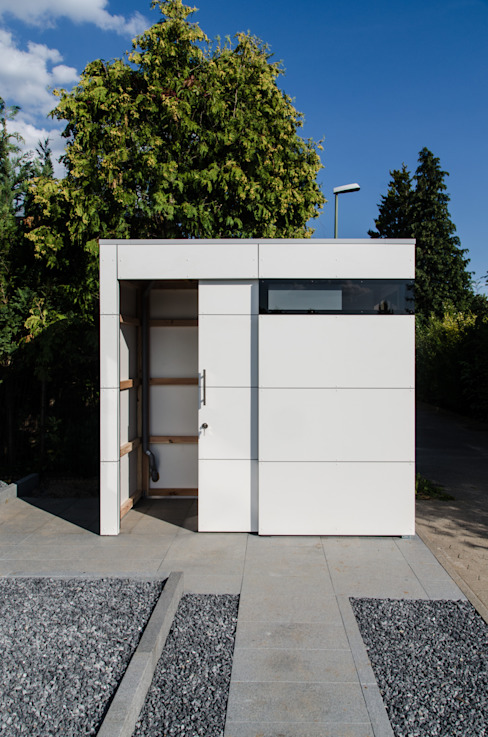 Design Gartenhaus @gart eins Moderne Garagen & Schuppen von design@garten - Alfred Hart - Design Gartenhaus und Balkonschraenke aus Augsburg Modern Holz-Kunststoff-Verbund