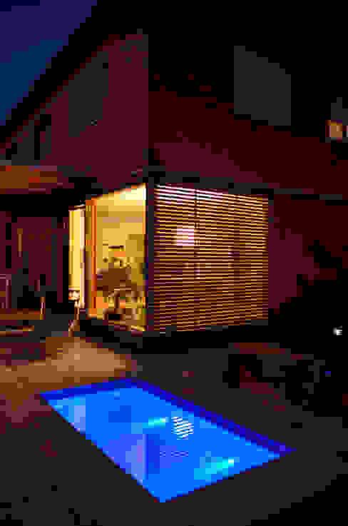 Garden  تنفيذ design@garten - Alfred Hart -  Design Gartenhaus und Balkonschraenke aus Augsburg