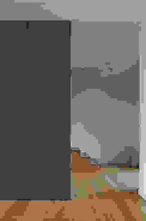 Treppe Erdgeschoss von Dewey Muller Partnerschaft mbB Architekten Stadtplaner