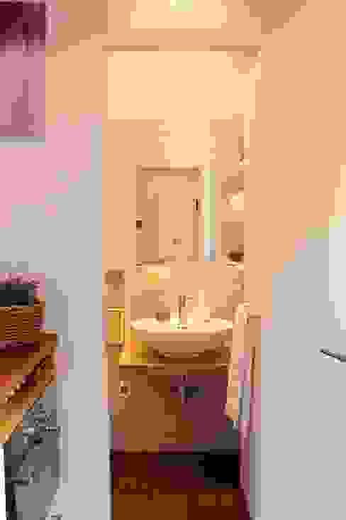 Arch. Silvana Citterio 現代浴室設計點子、靈感&圖片