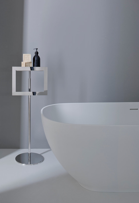 Bathroom by arlexitalia,