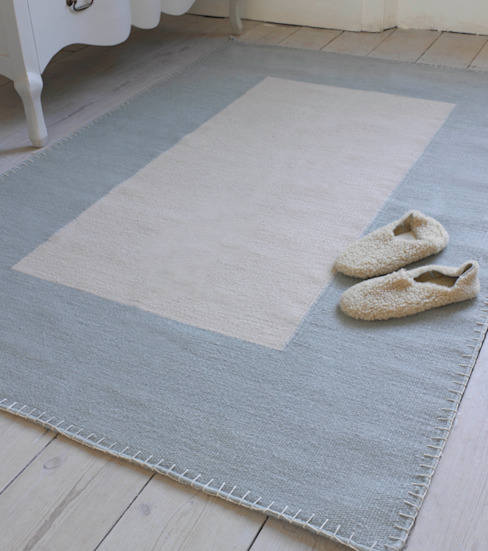 Heather Stitch Rug by homify Minimalist