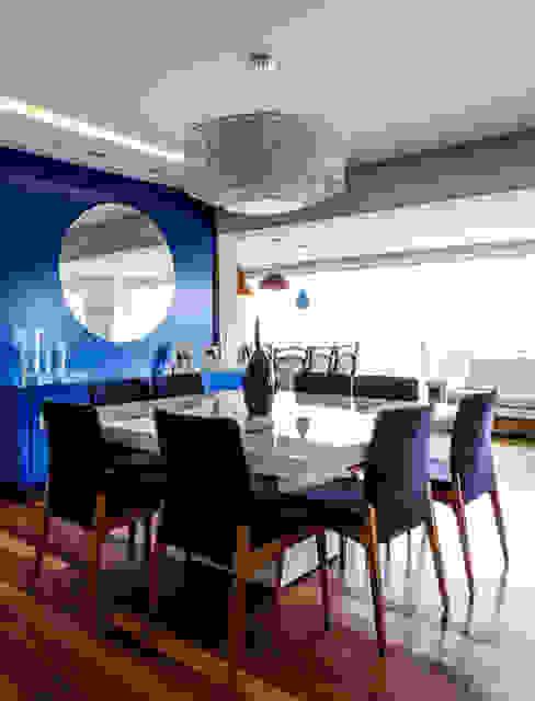 Modern Yemek Odası Tikkanen arquitetura Modern