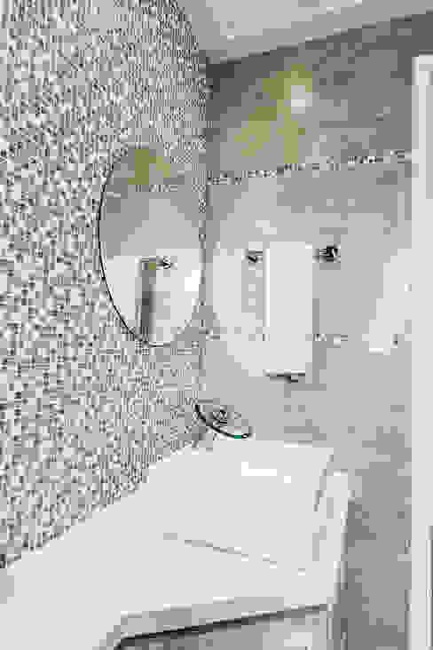 Jd. Marajoara Banheiros modernos por Tikkanen arquitetura Moderno