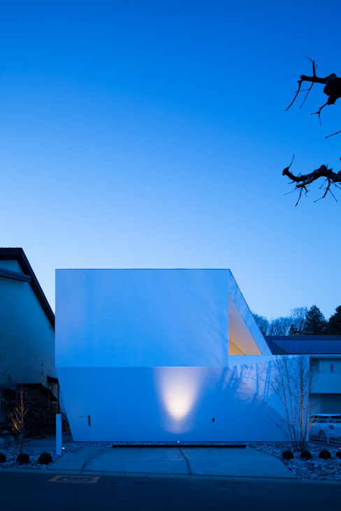 sparkle モダンな 家 の EN.Architecture+Design (エン・アーキテクチャー+デザイン) モダン