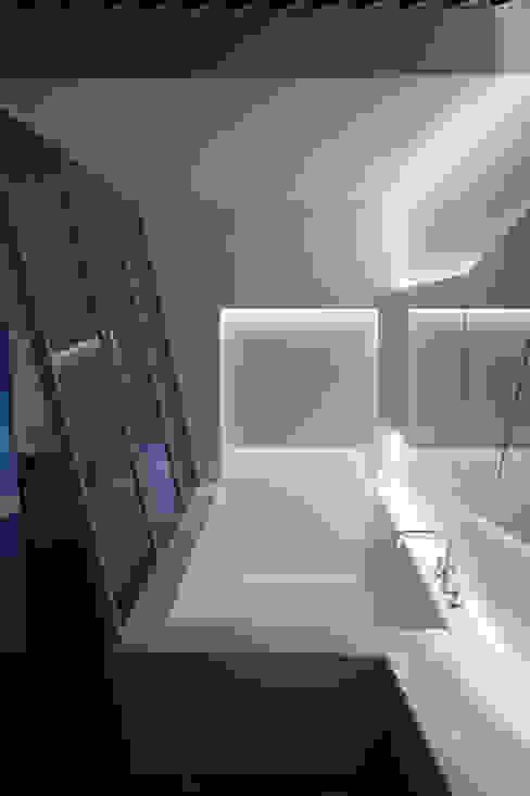 Baños de estilo  por Seungmo Lim, Moderno