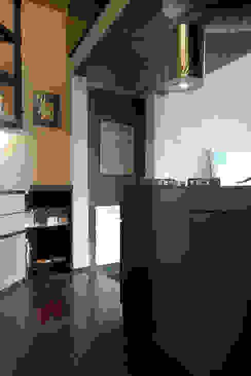 luci e ombre Cucina eclettica di Angelo Sabella Architetto Eclettico