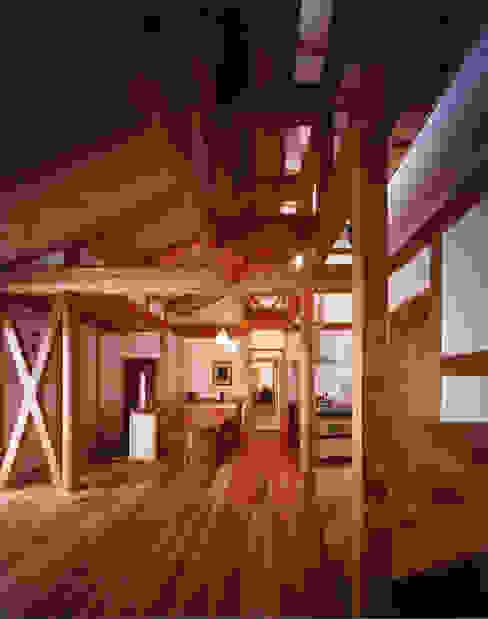 Comedores de estilo  de 東山明建築設計事務所, Asiático