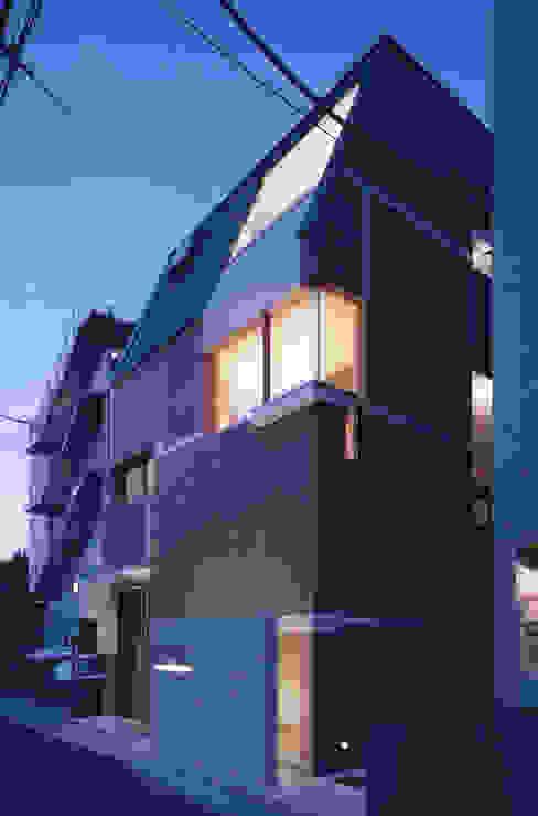 Ausgefallene Häuser von 北川裕記建築設計 Ausgefallen