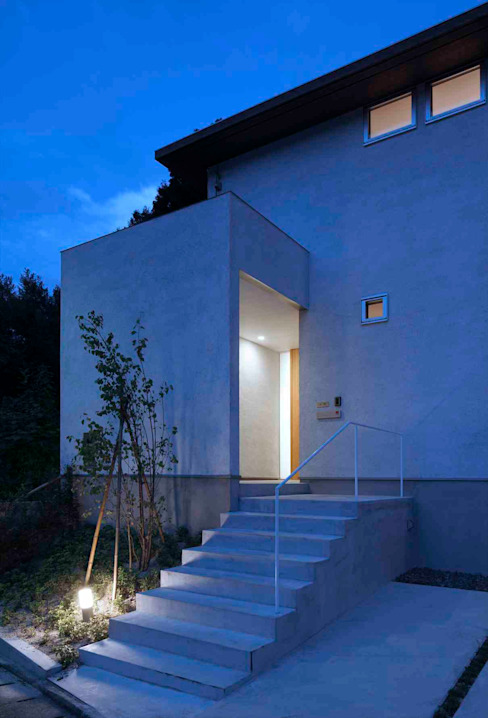 Houses by ARCHSOL DESIGN, Modern