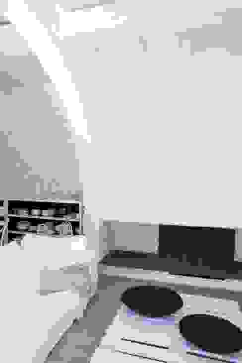 Rustico di Seravezza (Forte dei Marmi) Soggiorno in stile rustico di Architetto Silvia Giacobazzi Rustico
