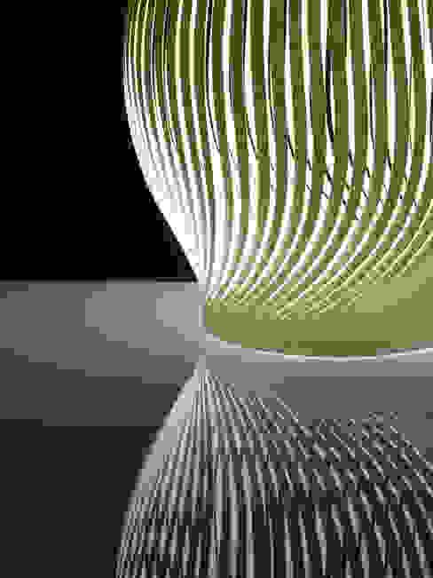 Paper Light de kosuke sakai & associates Moderno