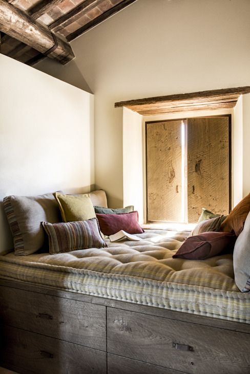 Dormitorios de estilo mediterráneo de dmesure Mediterráneo