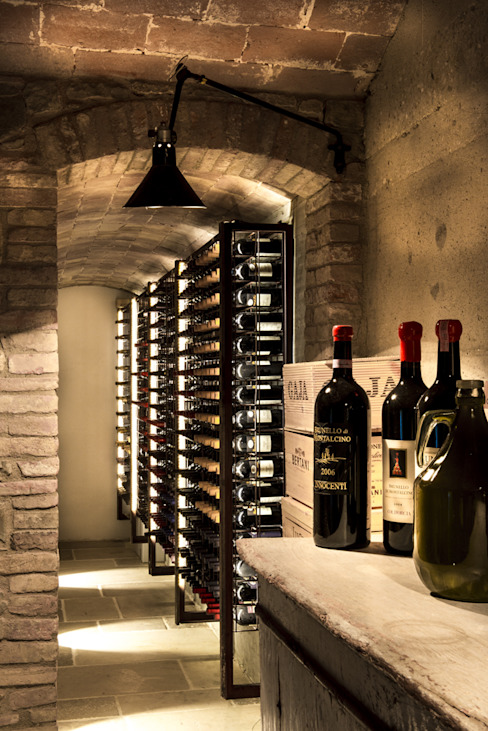 Industrial style wine cellar by dmesure Industrial