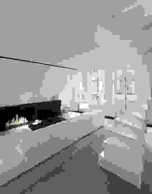 Гостиная в стиле модерн от mayelle architecture intérieur design Модерн