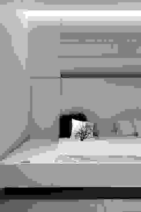 Habitation Privée Vieux-Lille Chambre d'enfant moderne par mayelle architecture intérieur design Moderne