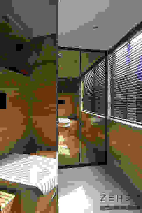 mirror bathroom ZERO9 Modern houses