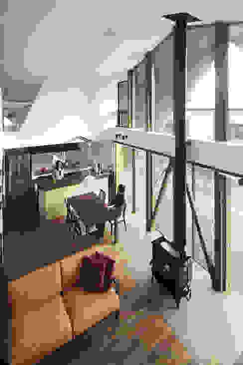 Moderne Wohnzimmer von TSC Architects Modern