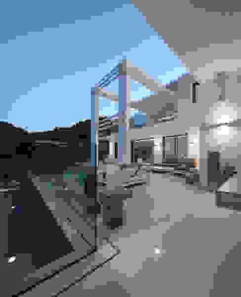 Golfe Leste - Lote n.º 15 - Quinta do Lago Casas por JSH Algarve – Arquitectura