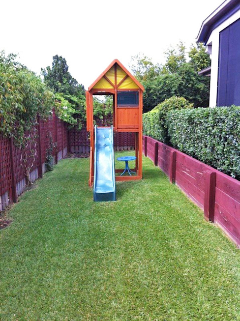 Climbing Frame for Smaller Garden Jardines minimalistas de Selwood Products Ltd Minimalista