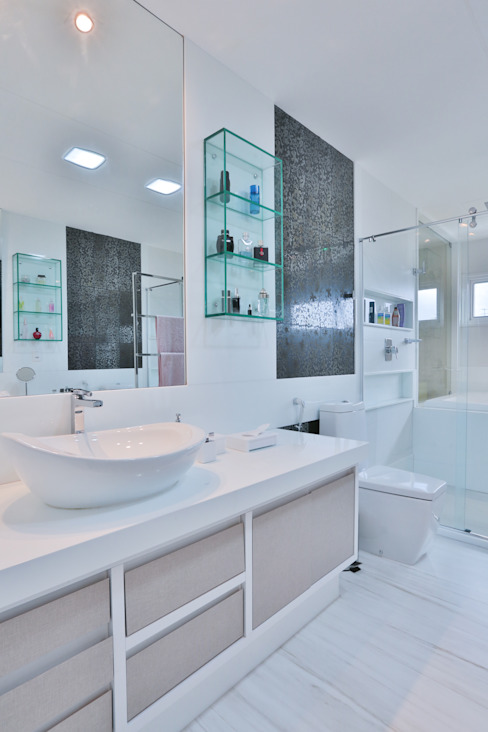 Baños modernos de Rita Albuquerque Arquitetura e Interiores Moderno