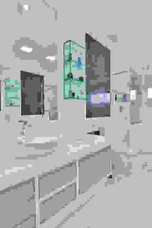 Rita Albuquerque Arquitetura e Interiores Modern Bathroom
