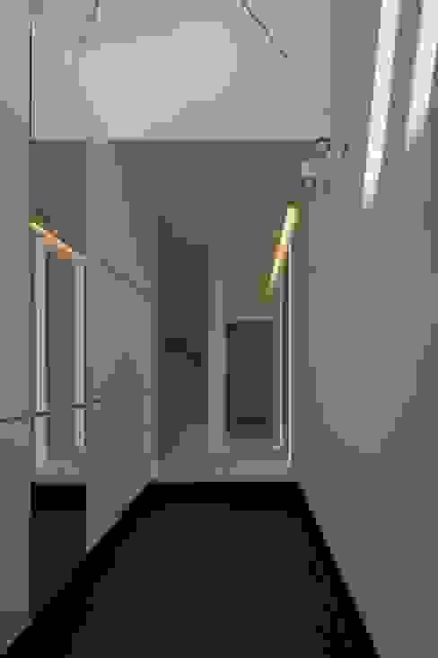 eu建築設計의  복도 & 현관, 모던