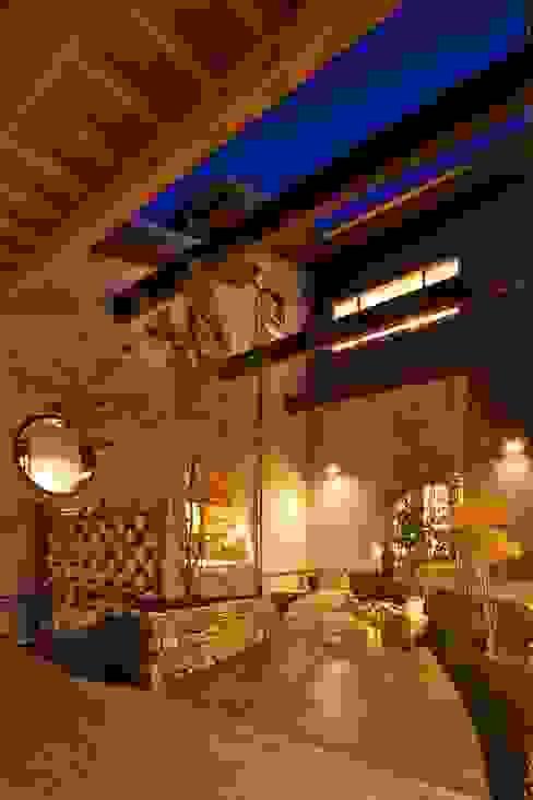 Casas de estilo  por やまぐち建築設計室