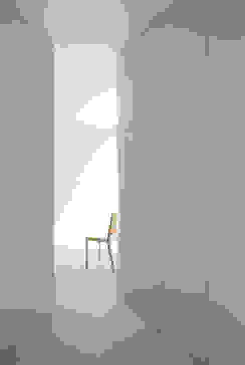 House in Komae:  Makoto Yamaguchi Designが手掛けた家です。,モダン