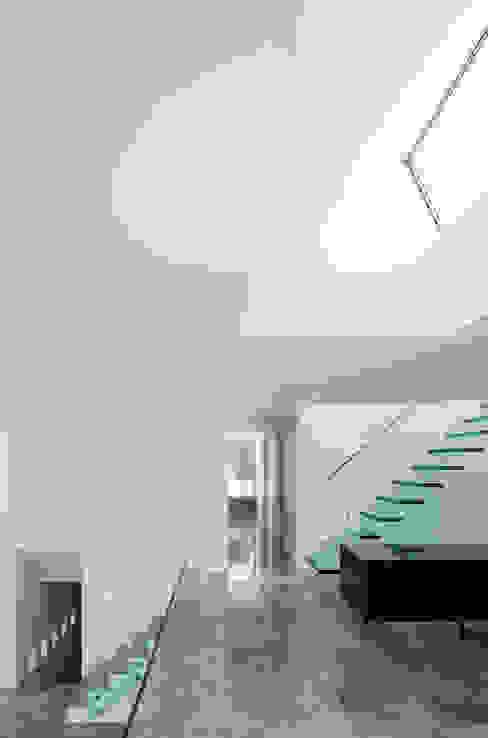 Etoile du Nord Moderne gangen, hallen & trappenhuizen van JAMIE FALLA ARCHITECTURE Modern