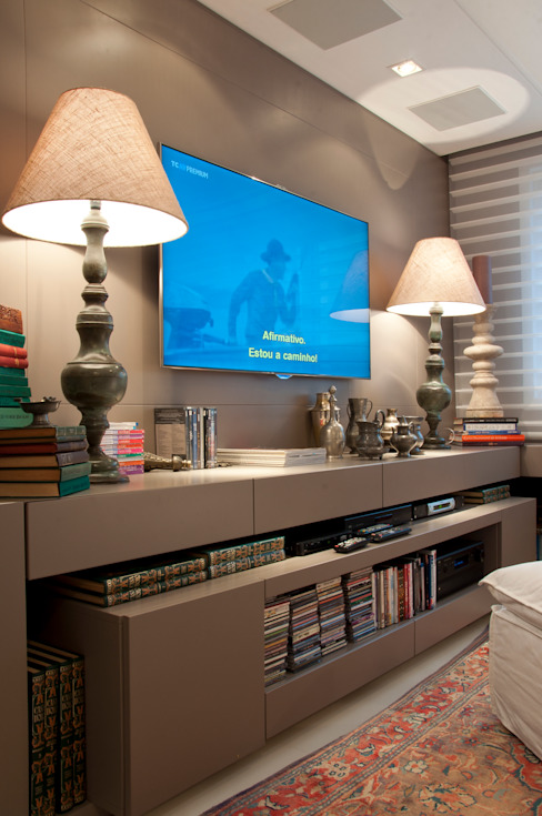 Cliente G Salas multimídia clássicas por Link Interiores Clássico